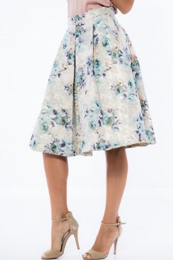 Kvetovaná, áčková, zlatá midi sukňa.
