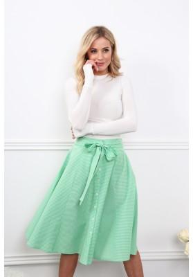 Lemovaná sukňa v zelenej farbe