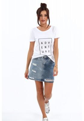 Bavlnené tričko s nápisom a s polkruhovým výstrihom, biele