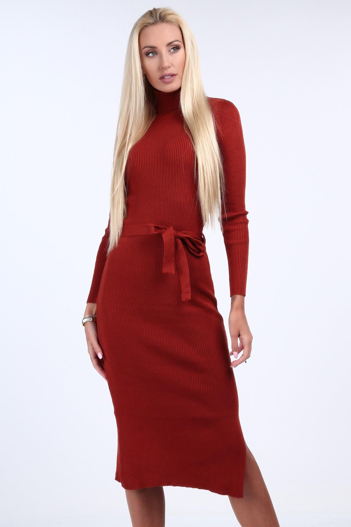 Svetrové šaty s rolákovým golierom, červerné