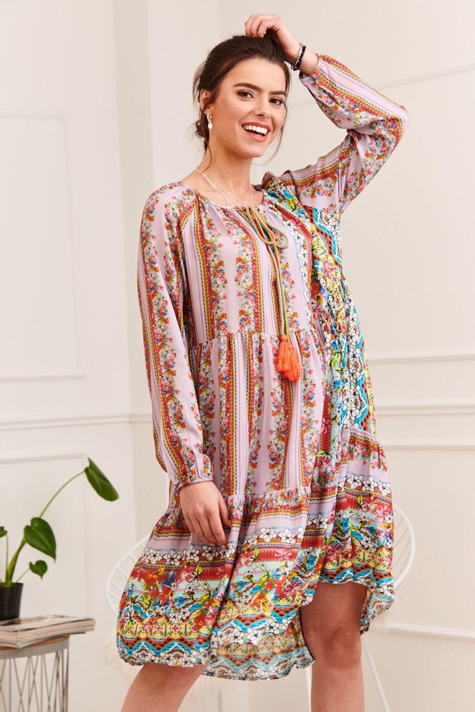 Voľné farebné šaty