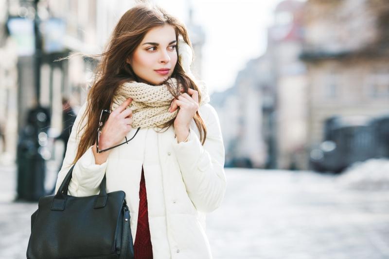 Pri výbere zimného oblečenia dbajte na materiál, z ktorého je vyrobené.