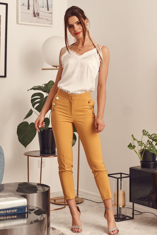 Žlté nohavice s vysokým pásom